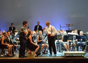 Verabschiedung durch ein Mitglied des Partnerorchester am Abschlusskonzert